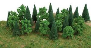 Walthers SceneMaster HO Scale Mixed Pine & Deciduous Trees /Flat Base (25-Pack)