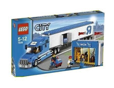 LEGO City Toys R Us Truck (7848)