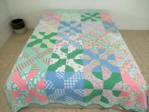 "Vintage Hand Pieced & Quilted Floral Feed Sacks & Novelty SNOWBALL Quilt 90""x70"""