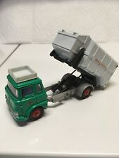 Dinky 978 Refuse Collector Bedford Green/White Meccano England Wagon Elevates