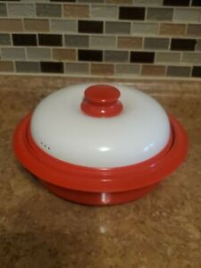 Range Mate  Round Cooker Steamer Grill For Microwave EUC RED