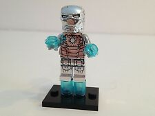 1 Lego Brick & Custom Silver Chrome Iron Man Minifigure