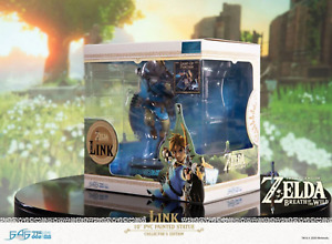 The Legend of Zelda Breath of the Wild Link Collectors Edition Statue