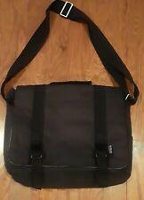 Patagonia Messenger Bag BLACK padded Nylon Laptop Bag Shoulder Strap Briefcase