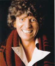 Tom Baker UNSIGNED photo - H21 - Doctor Who