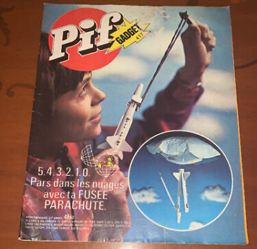 Pif Gadget 417 Le Journal Des Jeunes French  FreeShipping USACANADA