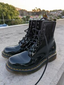DR. MARTENS Women's 1460 8 Eye Patent Black Leather Boots Size EU 39 US 8
