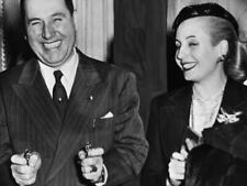 G7634 Juan and Eva Peron Smiling Vintage Old Photo Laminated Poster FR