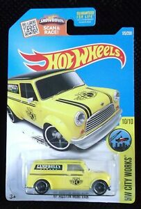 Hot Wheels 2016 HW City Works 175/250 '67 Austin Mini Van ( Yellow )