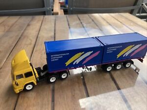 Siku    Container - LKW   IVECO   2 3424