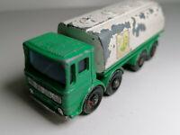 Vintage Matchbox Lesney Moko No.32 C - Leyland Tanker (2)