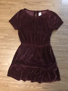 Kid Gap  Girls  Size S (6-7) Burgundy Velour Dress