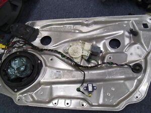 2010-2012 MERCEDES BENZ E350 E500 E65 FRONT RH DOOR WINDOW REGULATOR PANEL  OEM