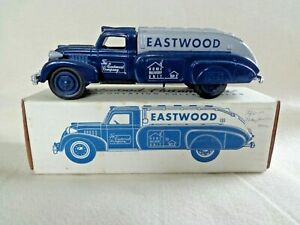 ERTL EASTWOOD DELIVERY TANKER CION BANK 1/38 SCALE W/ COLLECTABLE COIN