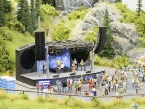 Noch  HO L-C mm Rock-festival  -  66823 - Neu /OVP