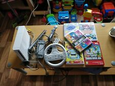 NITENDO Wii Console with Steering Wheel & 5 games