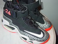 2013 Nike Air Griffey Max 1 Black/Metallic Silver/White Youth Shoes! Size 6Y