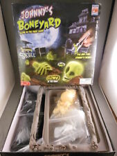Johnny's Boneyard Glow in the Dark Skeleton Graveyard GITD Game Fotorama RARE!