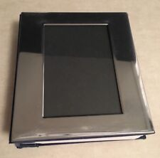 Silver Album With Window Cover Holds 98 4� X 6� Photos & 1 Photo On Front Cover