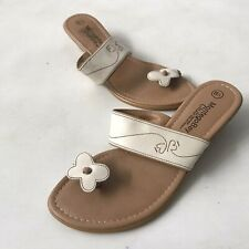 Montego Bay Club USA Leather Sandals Low Heel Toe Post Flower Beige Comfort 6.5