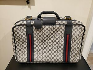 Gucci Vintage Shelly Navy Suitcase