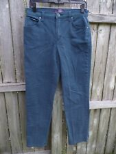 Gloria Vanderbilt Amanda Turquoise Jeans Size 6.............................Z223