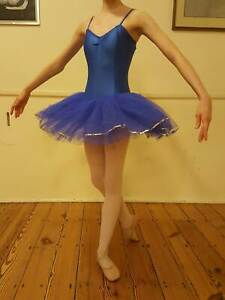 Danse Dezines 8 Layer Tutu For Practice or Stage