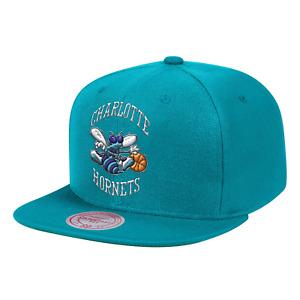 Men's Mitchell & Ness Teal NBA Charlotte Hornets Team Ground HWC Snapback