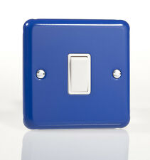 Varilight 1-Gang 10A 1- or 2-Way Rocker Light Switch Reflex Blue XY1W.RB