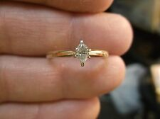 BEAUTIFUL 14K YELLOW GOLD & 0.24ctw DIAMOND MARQUISE SOLITAIRE ENGAGEMENT RING