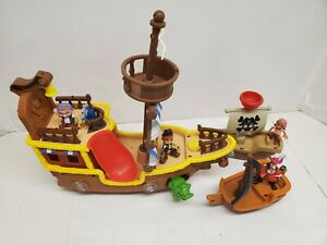 Disney Jake and the Neverland Pirates Ship, 2 Boats & figures
