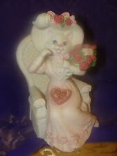 Enesco 1989 Fine Porcelain Music Box Cat Eating Chocolate Holding Roses