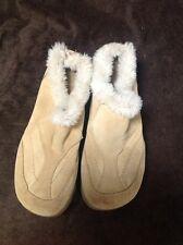 """ALDO Mule Beige with Faux Fur 2"""" Heel Size 39 (8.5)"""