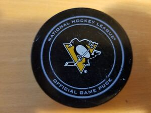 PITTSBURGH PENGUINS 11-26-14 Crosby 800th Point Game Used Hockey Puck COA