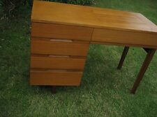VINTAGE 1960/70s TEAK SEWING MACHINE CABINET DRAWERS TABLE SINGER++SLOT IN TYPE