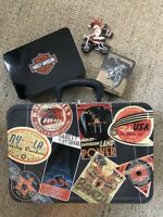 HARLEY-DAVIDSON Motorcycles 9x13 Large Size- Tin LUNCH BOX w 3 free items inside