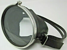 1960s Vintage Oval Glass Scuba Mask Trempe Made in France Rene Cavalero Champion