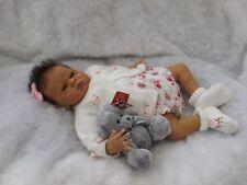 "Reborn baby girl (biracial) ""SCARLET"" par Cindy Musgrove (Puffalump reborns)"