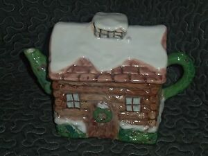 Macy's The Cellar 1995 Log Cabin Teapot  Hand-Painted Portugal NWT Rare