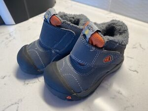 Keen Toddler Boys Boots Size 6 Gray Waterproof Excellent Condition
