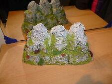 Landschaftsbau-Modellbahnen der Spur H0 aus Styropor