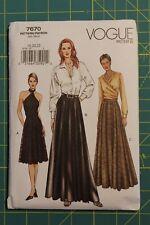 Vogue Pattern #7670 Size 18-20-22 Misses' / Misses' Petite Skirt