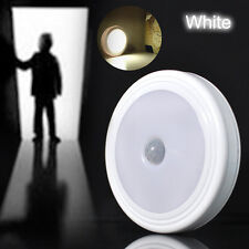 5 LED PIR Infrared Auto Motion Sensor Detector Night Light Lamp With Magnet/Hook