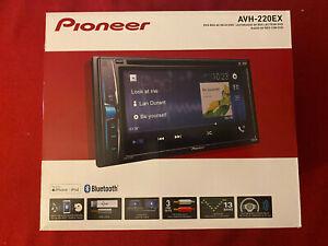"Pioneer AVH-220EX Double Din 6.2"" Touchscreen Radio Bluetooth"