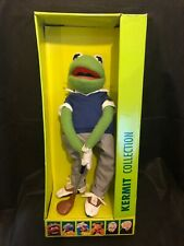 "THE MUPPETS - THE KERMIT COLLECTION - 14"" GOLFER KERMIT SMARTLY DRESSED"
