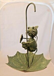 Metal umbrella & cat bird feeder Rustic green Hanging garden display Wild birds