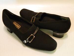 MUNRO AMERICAN Cindi Women's Pumps Heels Slip On Shoes Stretch Black Sz 9M EUC