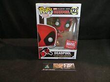Marvel Collectors Corps exclusive Deadpool Box Funko POP Deadpool leaping figure