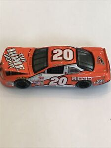 Revell Collection Tony Stewart #20 Home Depot Pontiac 2000 Nascar Diecast 1:64