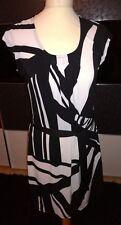 Schwarz weiß gemustertes Jerseykleid Yessica Gr. S Strandkleid Bindegürtel